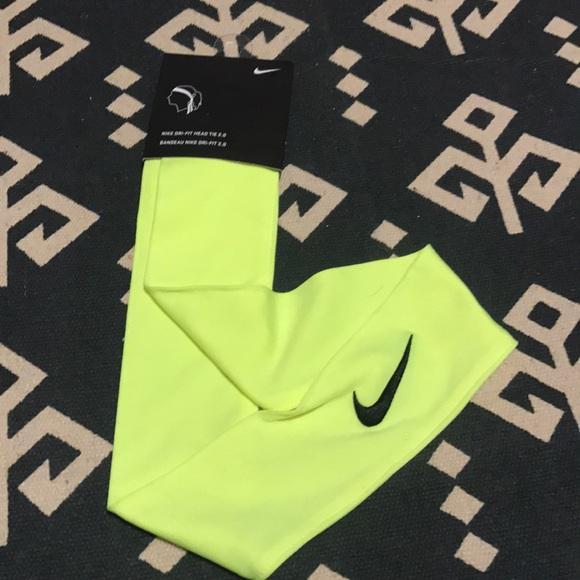 Neon yellow Nike dri-fit head tie